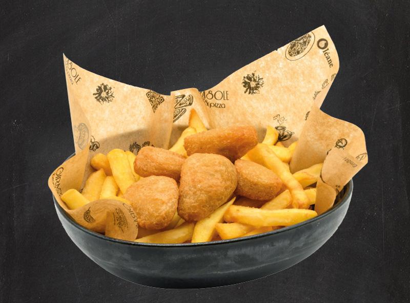 Nuggets di pollo con Pataine Stick